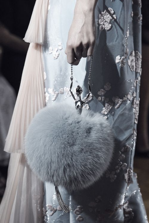 Ulyana Sergeenko Haute Couture Fall/Winter 2015-2016 Detail.    That bag is what dreams are made of