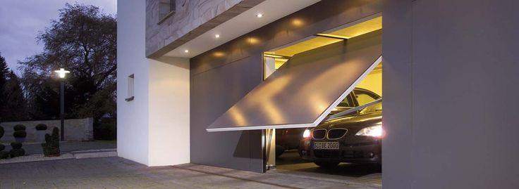 Výklopné garážové brány: V čom vynikajú a kedy ich zvoliť?
