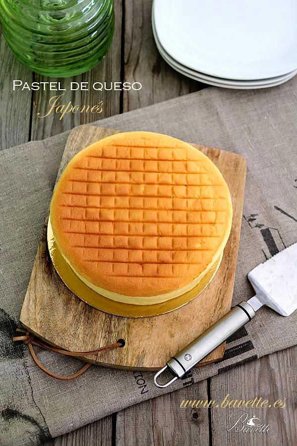 Pastel de queso japonés ligero y esponjoso