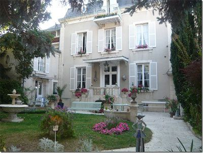 Chambres d'hôtes à vendre à Bourges