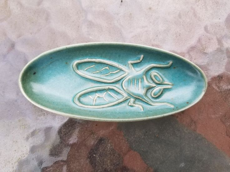 Vintage Bennington Pottery David Gil Fly Dish