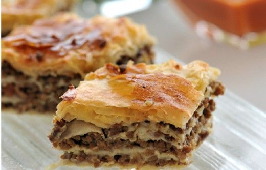 Egyptian recipes: Stuffed filo pastry and Meat in pita bread (Howawshy)