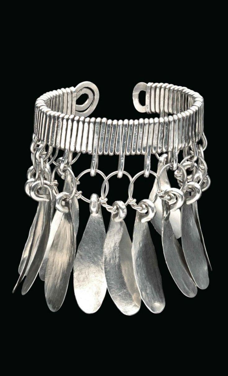 Bracelet | Alexander Calder. Silver. ca. 1940 || Est. 80'000 - 120'000$ ~ Sept '15
