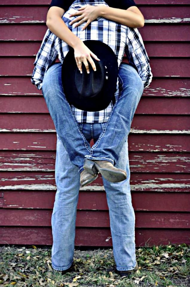 Country Engagement Pictures... Love this even tho Matt doesnt wear a Cowboy hat..