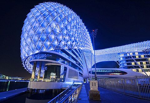 The YAS Hotel in Abu Dhabi   Great SKIN design for architecture;)