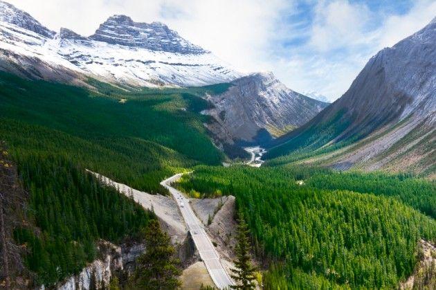 Top 6 Western Canada Road Trips http://www.travelandescape.ca/2012/07/top-6-western-canada-road-trips/