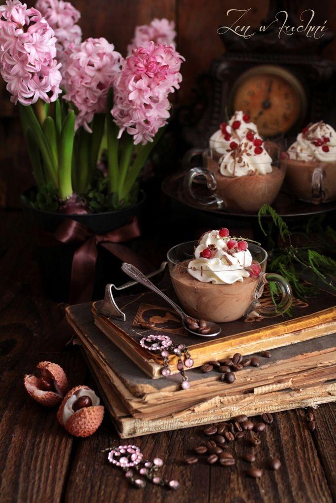 Piankowy mus czekoladowy z kawą i śmietanką