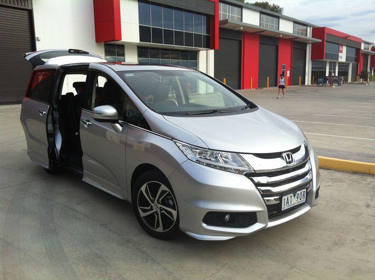 7 Seater Car Reviews: Honda Odyssey Review: VTi-L