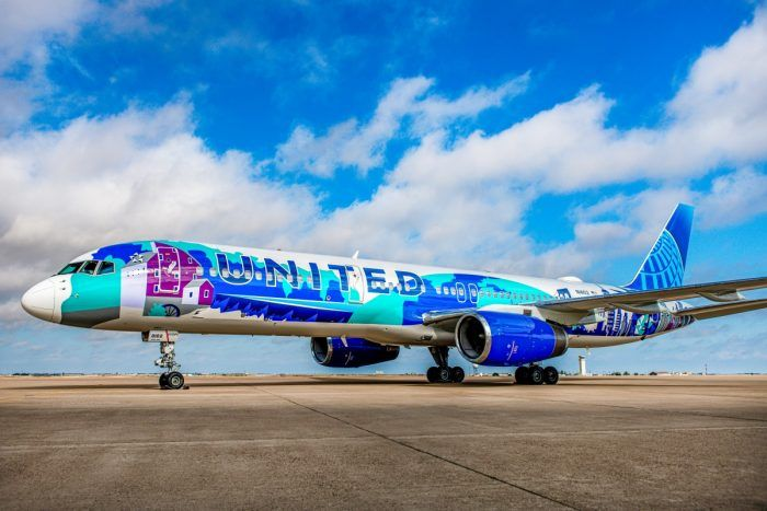 United Airlines Her Art Here Boeing 757 Takes Flight Aircraft Aircraftengineering Digitalizer Plane Via Twitter Com United Airlines Airlines Aviation World