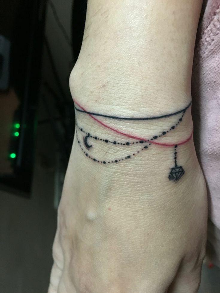 best 25 armband tattoo ideas on pinterest simple armband tattoos line tattoo arm and band tattoo. Black Bedroom Furniture Sets. Home Design Ideas