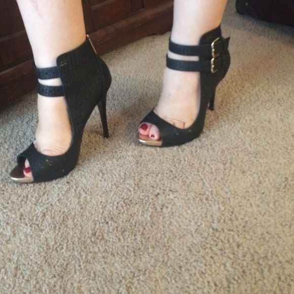 Hot hot shoes Brand new shoes never worn. They are super comfy to wear and look amazing with anything.  I wear size 8 and these beauties fit just fine.trading PayPal Call It Spring Shoes
