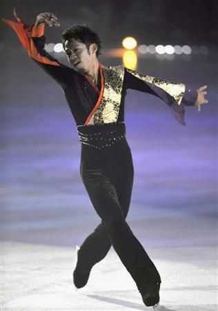daisuke takahashi (japan) comes back from injury at the 2009 Friends on Ice, yokohama, japan.takahashi performs Luv Letter by  DJ Okawari   Daisuke Takahashi (高橋 大輔 Takahashi Daisuke?, born March 16, 1986 in Kurashiki, Okayama Prefecture, Japan) is a Japanese figure skater. He is the 2005, 2006 and 2007 Japanese national champion, the 2008 Four Continents Champion, and the 2007 World silver medalist. He represented Japan at the 2006 Winter Olympics.
