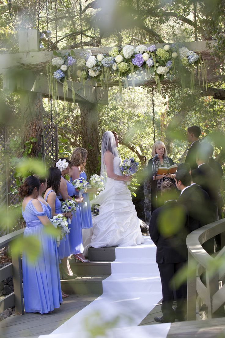 Periwinkle wedding at the Calimigos Ranch in Malibu.