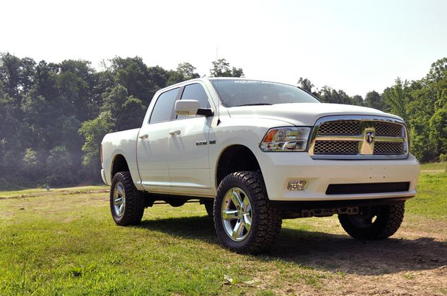 "Rough Country 4"" Suspension lift kit 2009-2012 Dodge Ram 1500 4x4"
