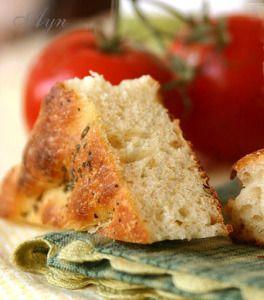 Ароматный итальянский хлеб — его можно подавать отдельно как закуску и с лёгким зелёным салатом. С этим хлебом получаются очень вкусные сандвичи и бургеры. Картофель способствует ферментации …