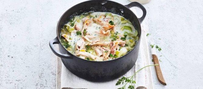Kip Gestoofd In Witte Wijn recept | Smulweb.nl