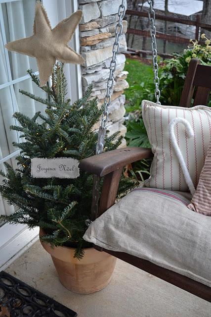 Burlap star: Christmas Crafts, Pixie Lane, Burlap Stars, December Porches, Three Pixie, Lakeside December, Christmas Decor, Christmas Porches, Christmas Ideas