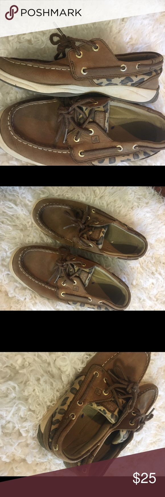 GIRLS leopard sperrys Worn but lots of life left no damage! Sperry Top-Sider Shoes