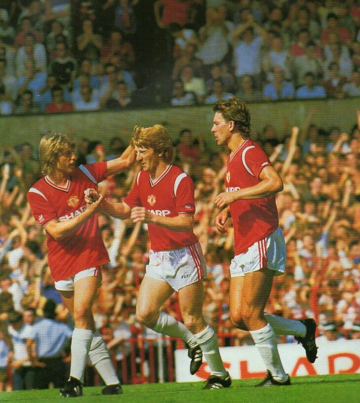 Man Utd 1 Watford 1 in Aug 1984 at Old Trafford. Gordon Stachan scored from the penalty spot on his debut #Div1