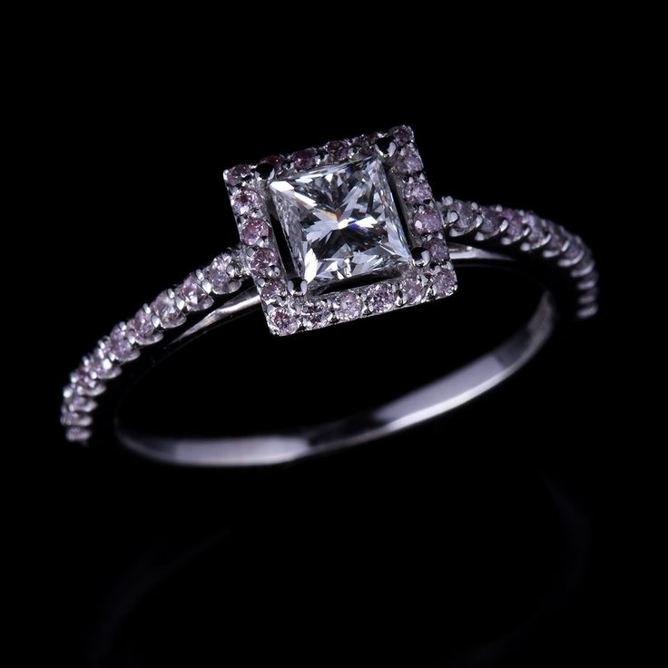 Pink and White Diamond Ring on auction at #graysonlline #diamonds #pinkdiamonds #ring #diamondring #jewelry #jewellry #auction #$9startprice #bid #online