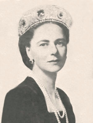 Ileana of Roumania, Archduchess of Austria.  Born: 1909  Daughter of: King Ferdinand of Roumania & Marie of Edinburgh/Coburg.  Diamond and sapphire tiara originally belonging to Grand Duchess  Vladimir, and given to her by her mother - this was eventually sold when the princess was in exile in the USA in the 1950s.  The central sapphire weighs 125 carats.