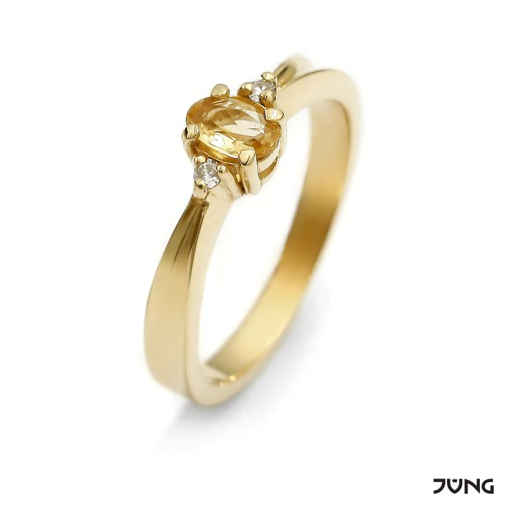 gold ring with citrine and 2 diamonds