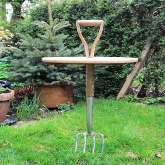 Recycling Old Gardening Tools for Garden Decorations, Creative Backyard Ideas