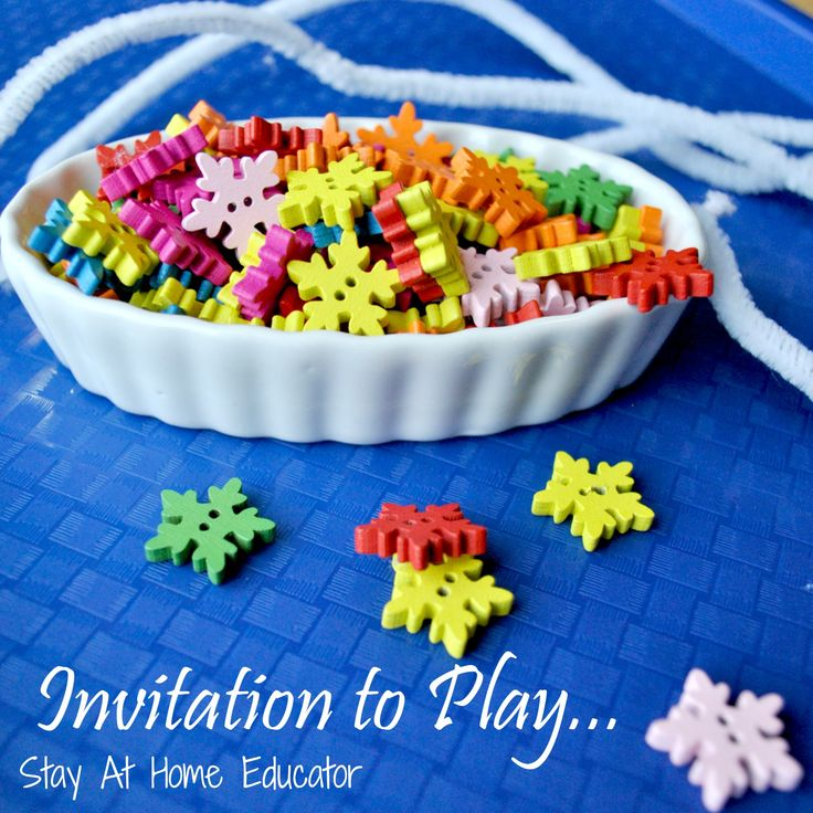 An invitation to play encourages self directed exploration and discovery...snowflake themed invitation to play by Stay At Home Educator is perfect for any winter preschool unit.