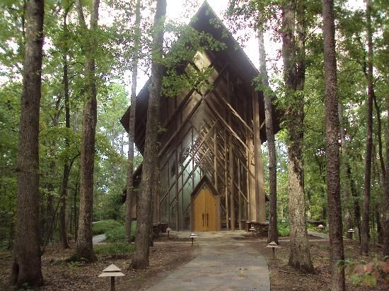 Anthony Chapel - Garvan Woodland Gardens, Hot Springs National Park; this is the kind of church I would belong to.