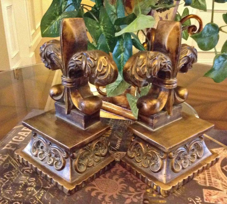 Fleur De Lis Bookends, Gold Reproduction Bookends, Country French Farmhouse Bookends, MINT Condition by KathyKupboard on Etsy