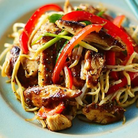 Chicken chow mein  Who needs a calorific Chinese takeaway when you can make your own low FODMAP chicken chow mein at home?