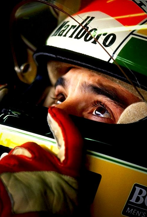 Confiança no amor de Deus - Gotta start my new Formula 1 Boad with the best to ever do it in my opinion. Ayrton Senna.