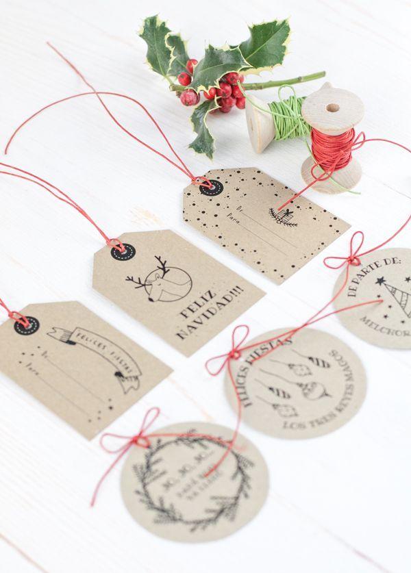 Etiquetas de Navidad gratuitas en All Lovely Party