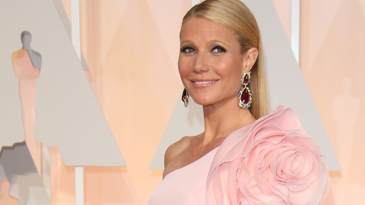 Gwyneth Paltrow's Fashion Evolution: In honor of Gwyneth Paltrow's birthday on September 27, here's an evolution of her style from the 90s until now.