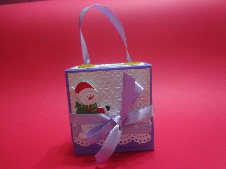 una linda cajita navideña para guardar sobrecitos de te!!!!!!!!!!!