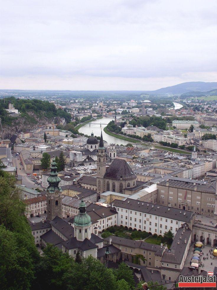 Вид на старый Зальцбург, Австрия.