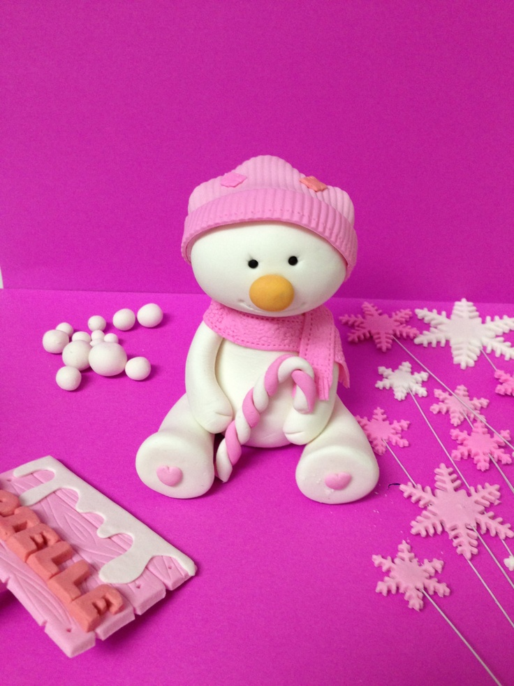 Girl snowman fondant cake topper via Etsy.