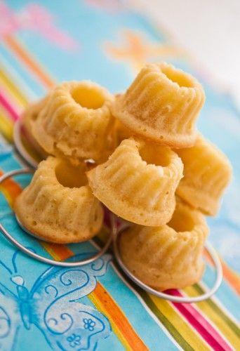 Minigugl mit Zitrone und Apfel *