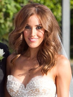 Rebecca Twigley Chris Judd married I like her hair color! Get auburn lights through my hair! :)
