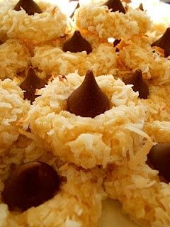 This looks like the alternate spring version of peanut blossoms!: Coconut Cookies, Holidays Cookies, Cream Cheese, Hershey Kiss, Sweet Tooth, Macaroons Cookies, Coconut Macaroons, Macaroons Kiss, Kiss Cookies