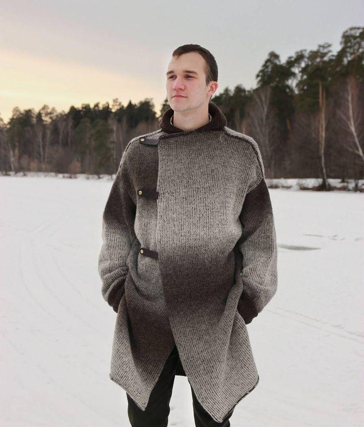 Когда хочется чего-то нового в гардеробе, двустороннее вязаное пальто - отличное решение:  #вязаное_пальто #мужское #кардиган #мужской #elenakhra_knit #двустороннее