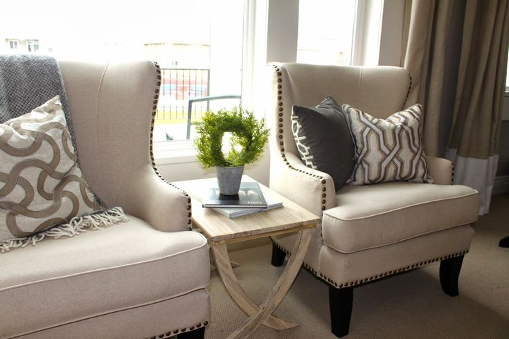 Amy's Casablanca: Living Room Chairs