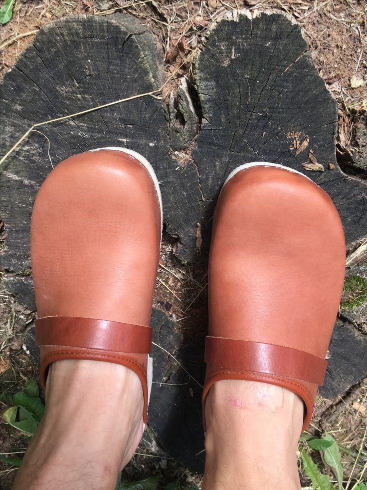 Men wear clogs!!!