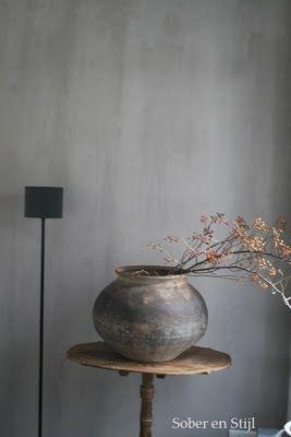 mooi die grijze kalkverf en ook nog een zelf te maken met mijn eigen venetiaanse stuc pasta. Black Bedroom Furniture Sets. Home Design Ideas