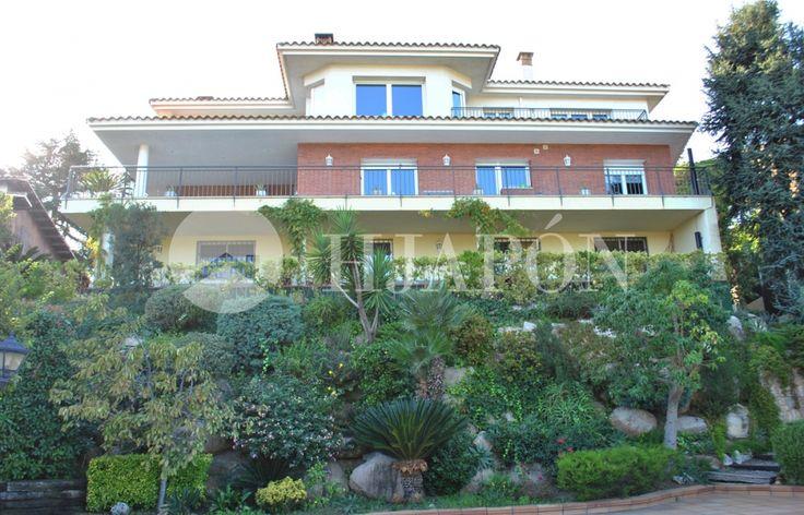 Large estate for sale in Argentona, Catalonia