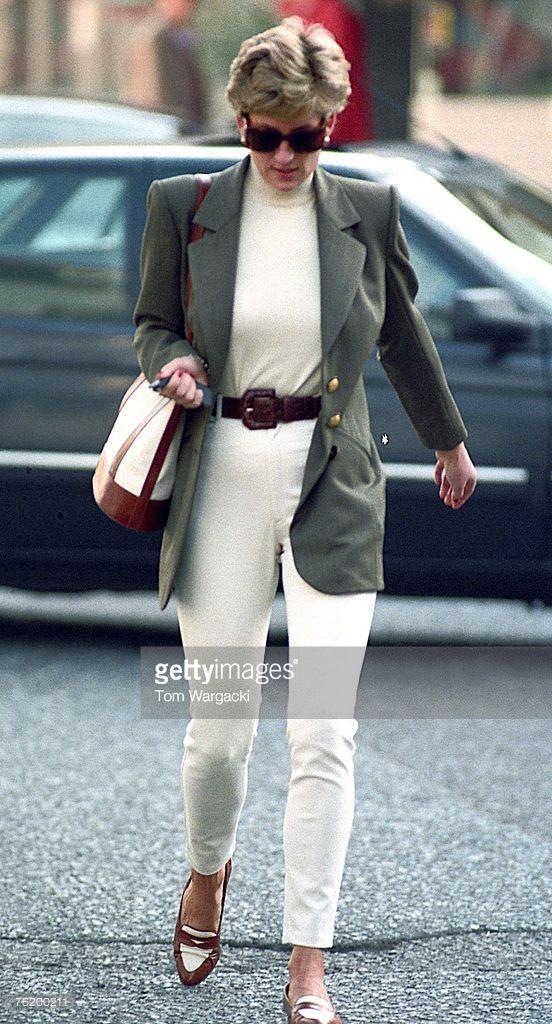 London, England October 15,1994. Princess Diana shopping in Knightsbridge.