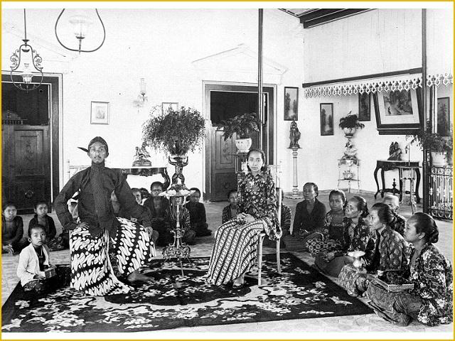 Prins Poeroebojo, majoor van de generale staf en broer van de kroonprins van Yogyakarta