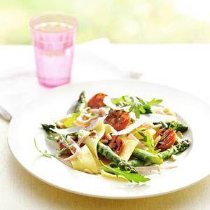 5 april - verse pasta in de bonus - Recept - Pappardelle met groene asperges en ham - Allerhande