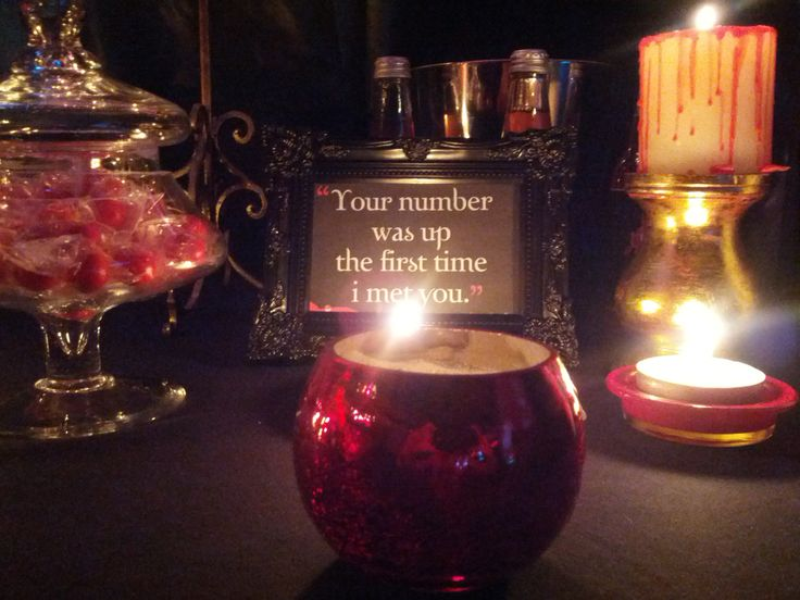 Vampire lolly table