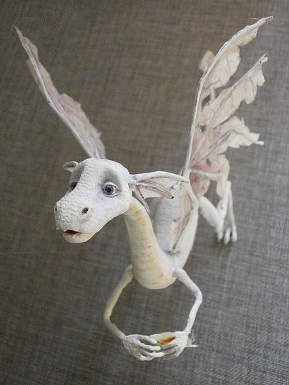 Fantasy | Whimsical | Strange | Mythical | Creative | Creatures | Dolls | Sculptures | ☥ | paper mache dragon ☆                                                                                                                                                                                 Más